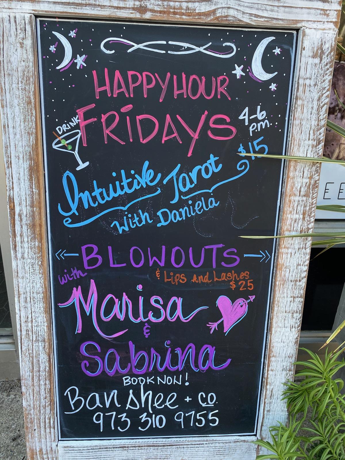 Banshee Happy Hour Fridays! - Blowouts + Intuitive Tarot Readings🎉🎇